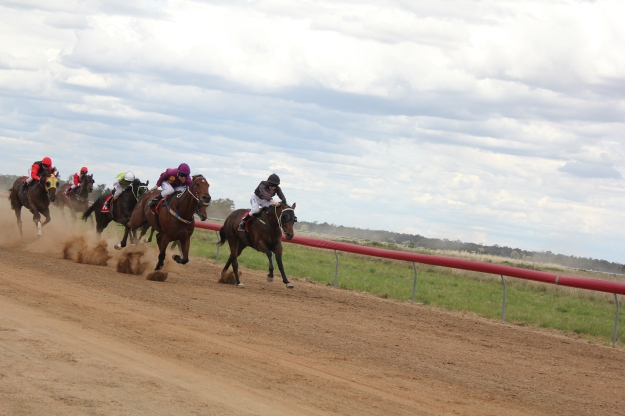 Moulamein Races