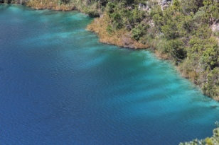 Spectacular vivid blue edging to the lake